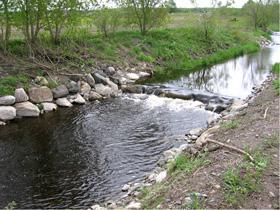 : Aménagement d'un seuil sur un cours d'eau en milieu agricole